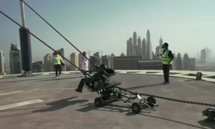 Man catapulted across Sheikh Zayed Road Dubai